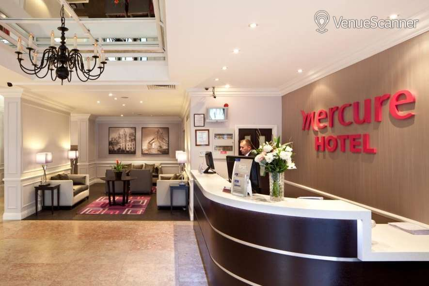 Hire Mercure London Kensington Lexham Suite 4