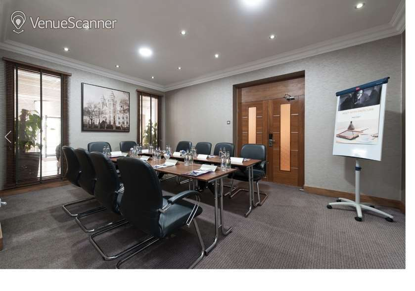 Hire Mercure London Kensington Lexham Suite 1