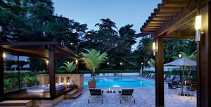 Hire Copthorne Kings Hotel Singapore Pool Terrace