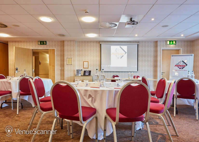 Hire Future Inns Cardiff 9