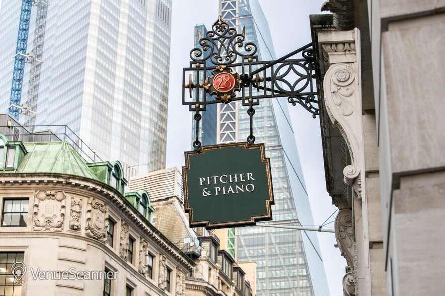 Hire Pitcher & Piano Cornhill Basement Bar 7
