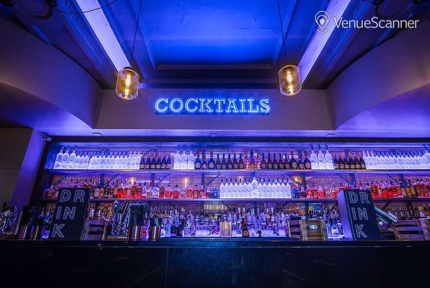 Hire Sway The Cocktail Bar 1