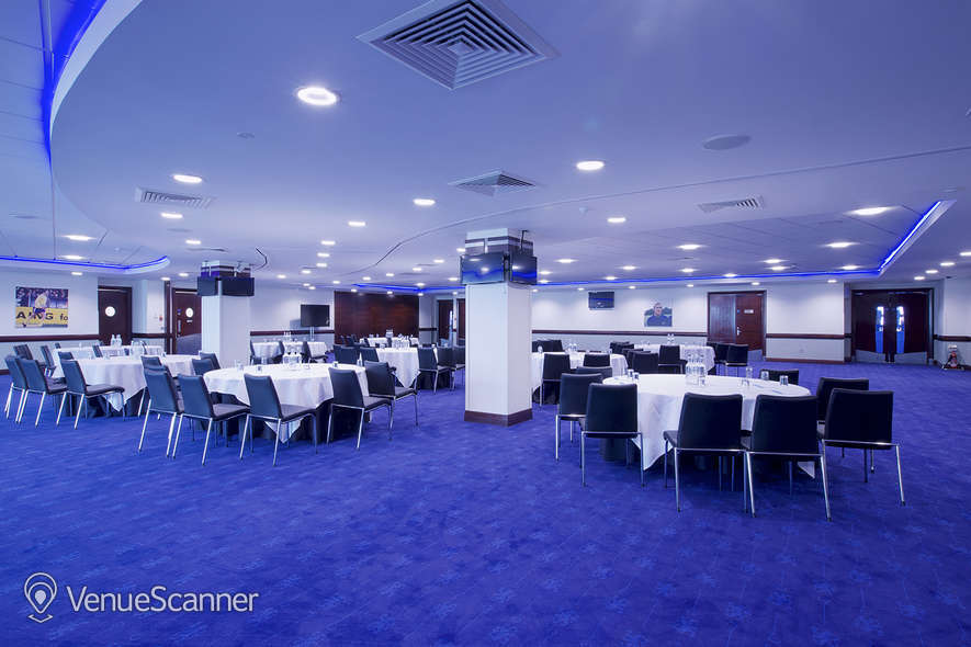 Hire Chelsea Football Club Drake Suite 1