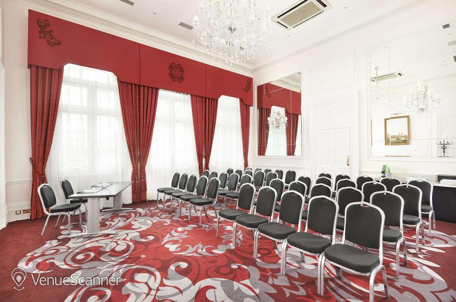 Hire Amba Hotel Charing Cross Watergate Room