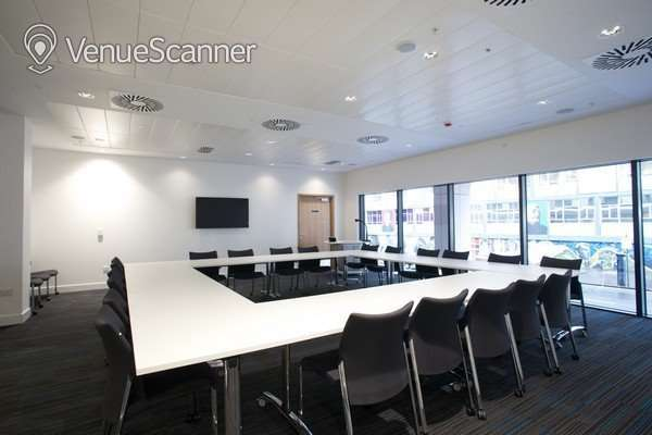 Hire University Of Strathclyde Conference Room 8