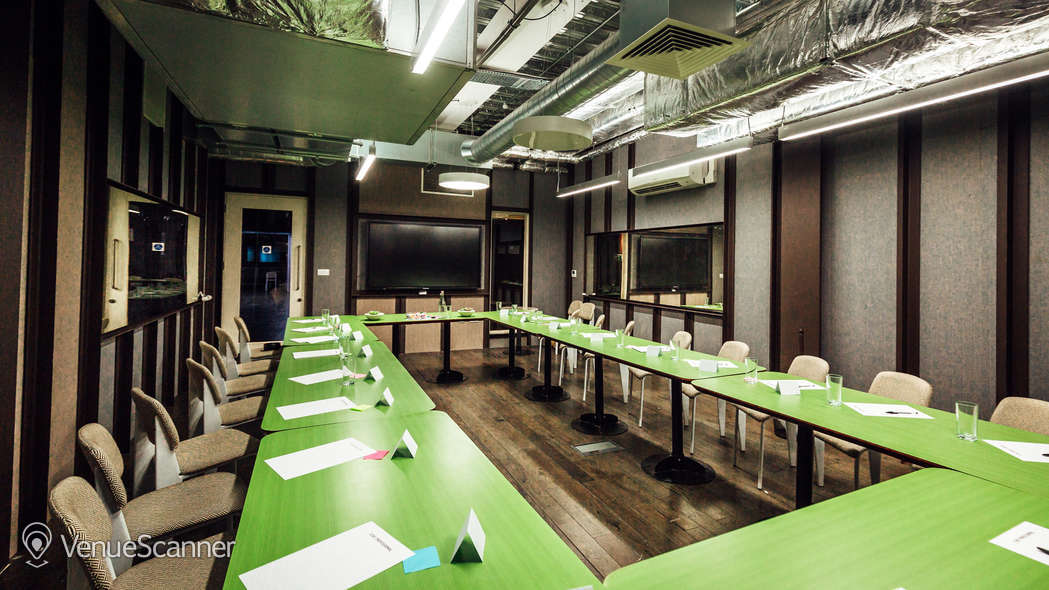 Hire The Stay Club, Colindale Meeting Rooms 2