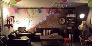 Coffee Shop Balham, Downstairs