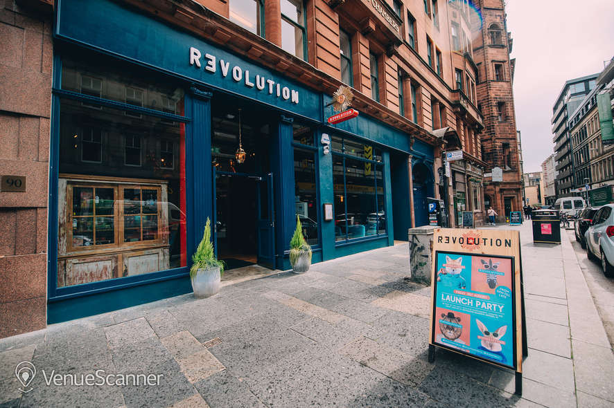 Hire Revolution Mitchell Street Skye Bar 1