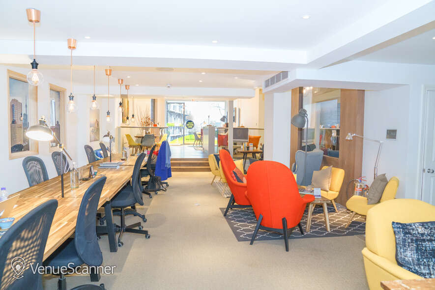 Hire Idea Space Idea Space Hot Desks 1
