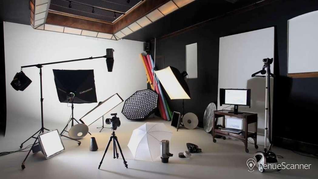 Hire Anomalous Space Photography Studio 1