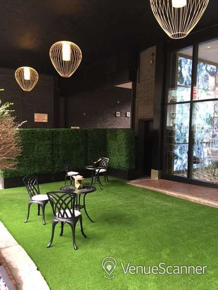 Hire Office Space In Town - Mayfair Champagne Club 3