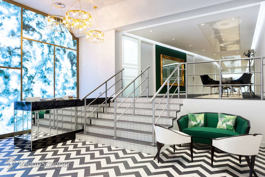 Hire Office Space In Town - Mayfair Champagne Club 6