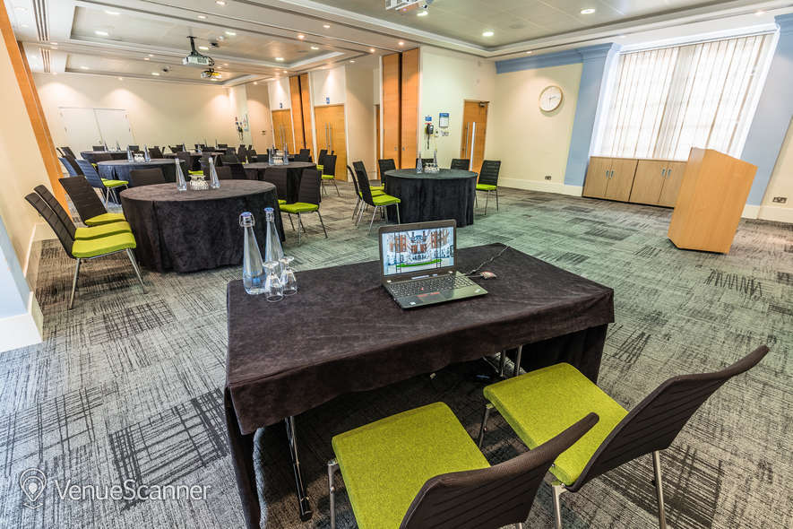 Hire BMA House Courtyard Suite 1