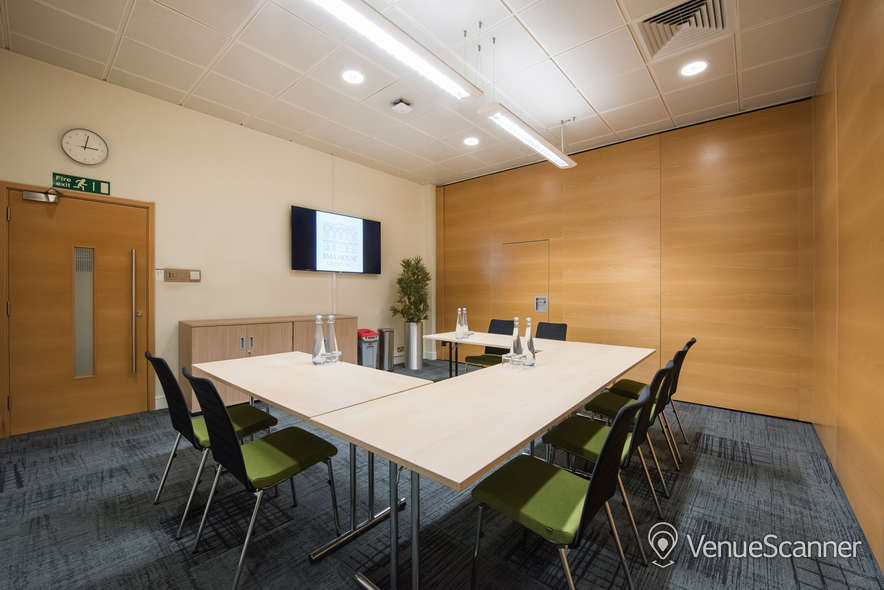 Hire BMA House Lister Room