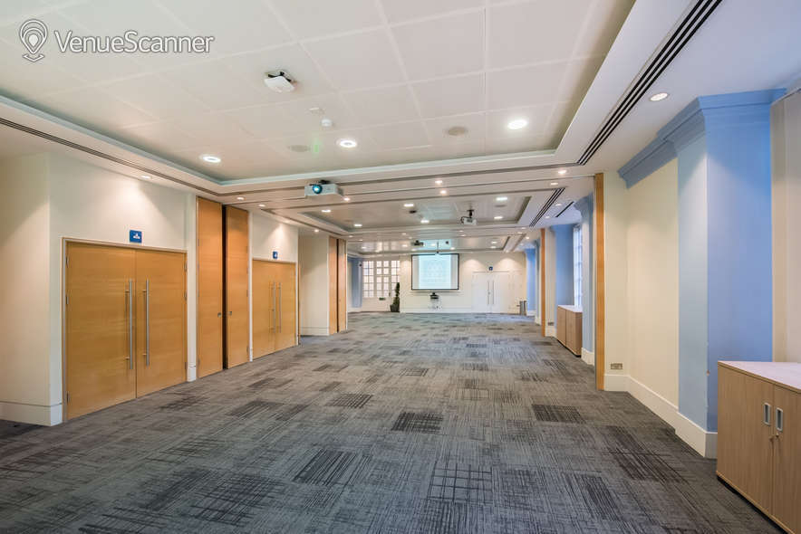Hire BMA House Courtyard Suite 2