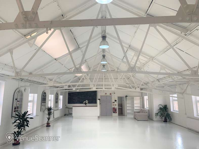 Hire Agile Studios The Original White Loft 1
