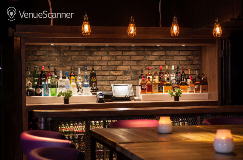 Hire The Loop Bar Caspers 1