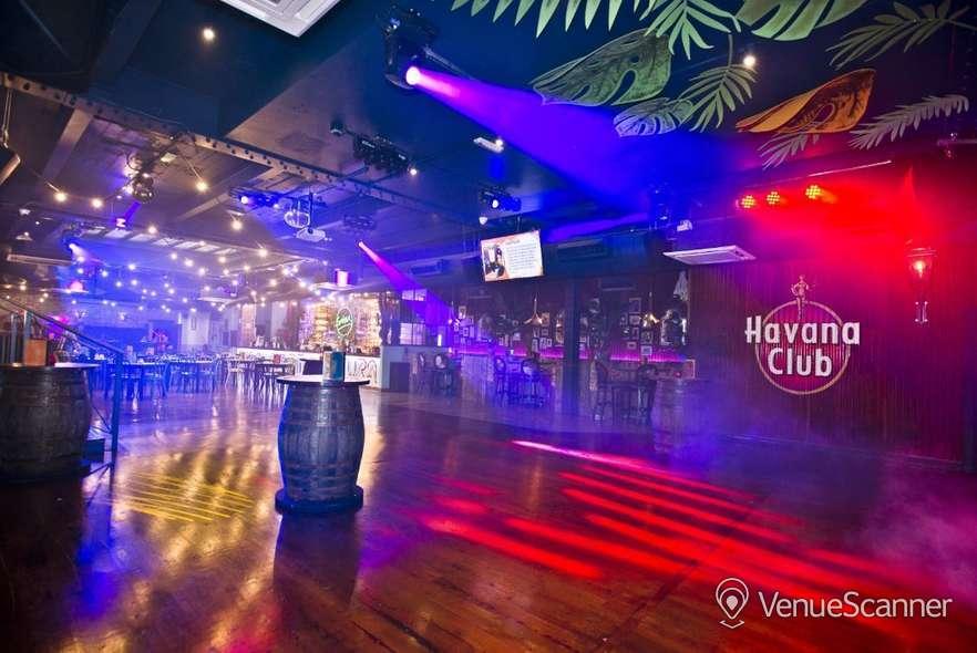 Hire Salsa! Temple Arena 1
