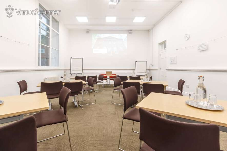 Hire Friends' Meeting House Manchester Meeting Room F12 4
