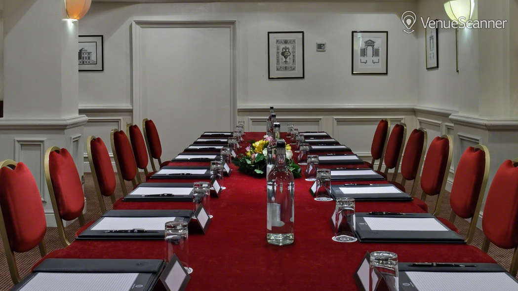 Hire Rochester Hotel By Blue Orchid Victoria Suite