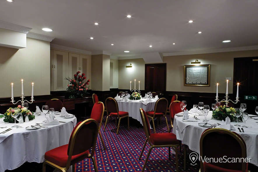 Hire Rochester Hotel By Blue Orchid Rochester Suite