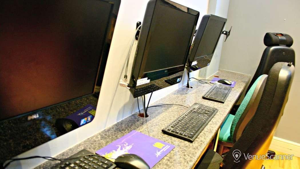 Hire Queens Crescent Community Centre ICT Suite