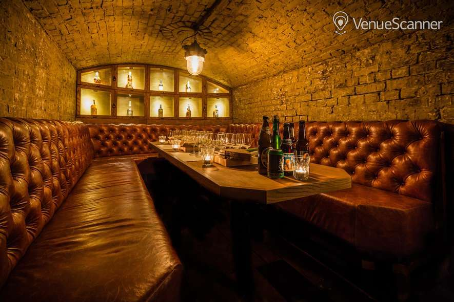 Hire Tt Liquor Cellar Bar 2