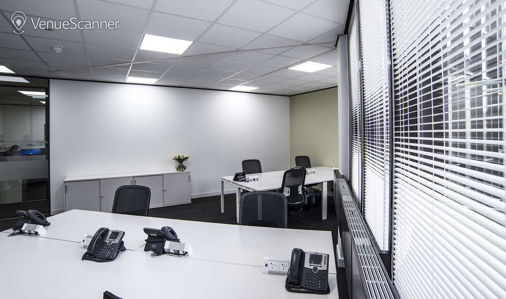 Hire Regus London Borough High Street MR2