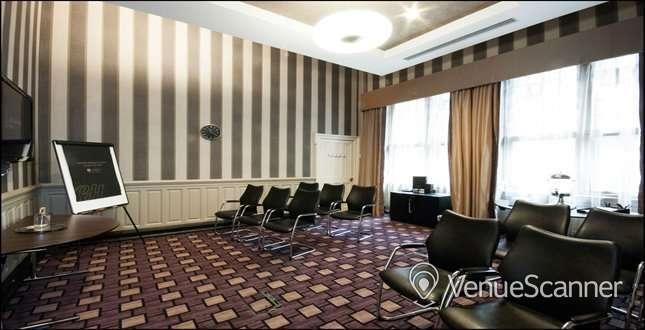 Hire Grand Central Hotel 2