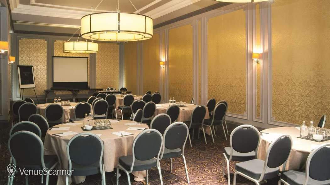 Hire Grand Central Hotel The Clyde