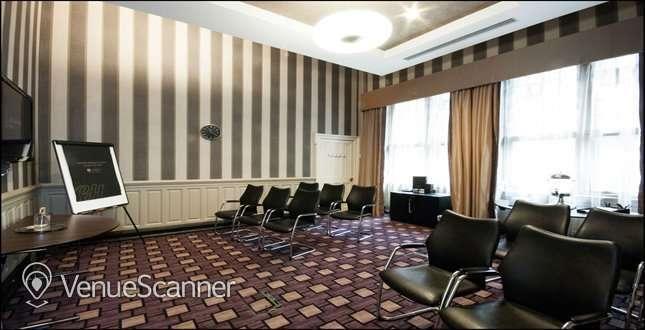 Hire Grand Central Hotel 11