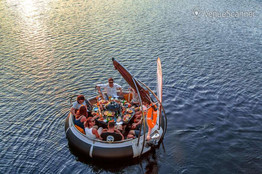 Hire Skuna Bbq Boat Skuna Boats 1