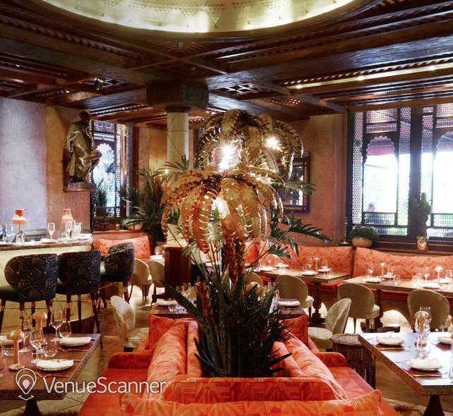 Hire Momo Restaurant Momo Restaurant 4