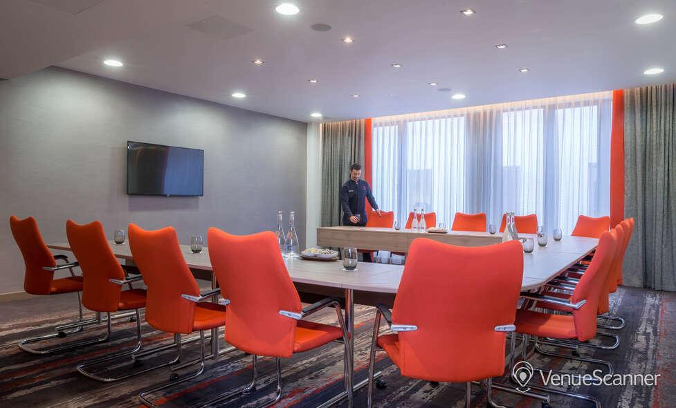 Hire Clayton Hotel Chiswick Devonshire Suite 1