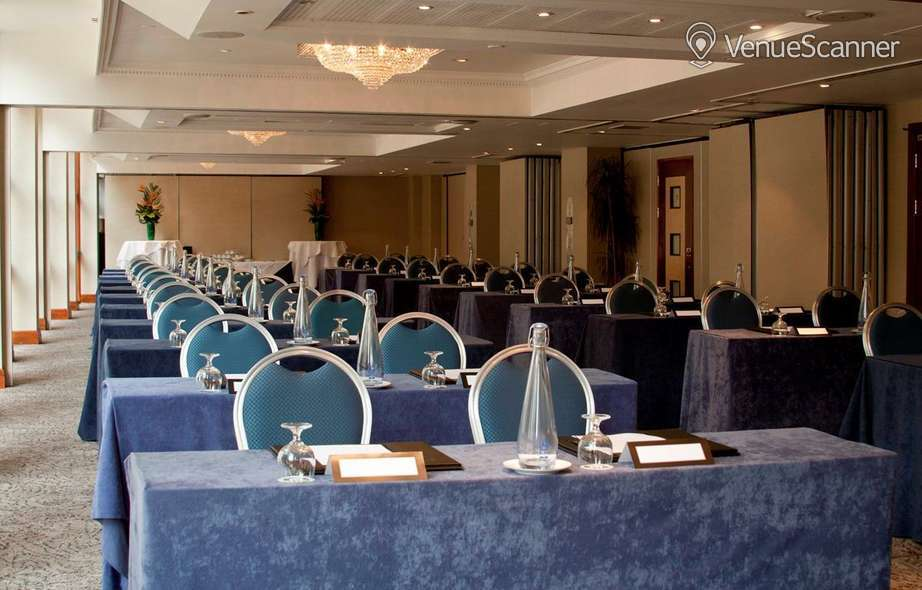 Hire Jurys Inn London Holborn Syndicate Room 1-8