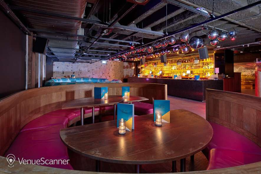 Hire Bar Langley The Bunker 3