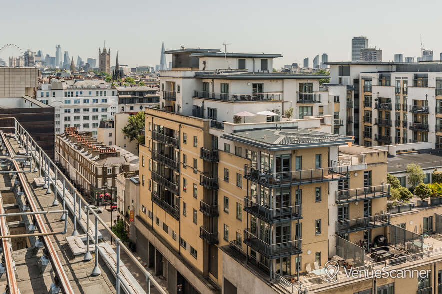 Hire Thomas House Roof Terrace 4