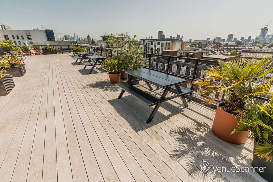 Hire Thomas House Roof Terrace 3