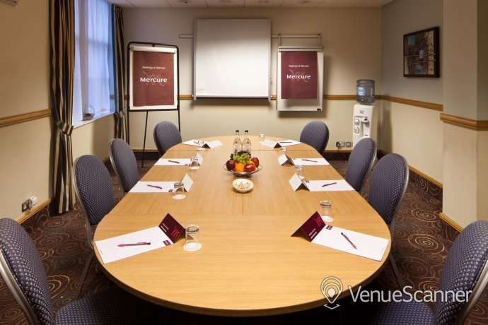 Hire Mercure Glasgow City Hotel Trader Suite