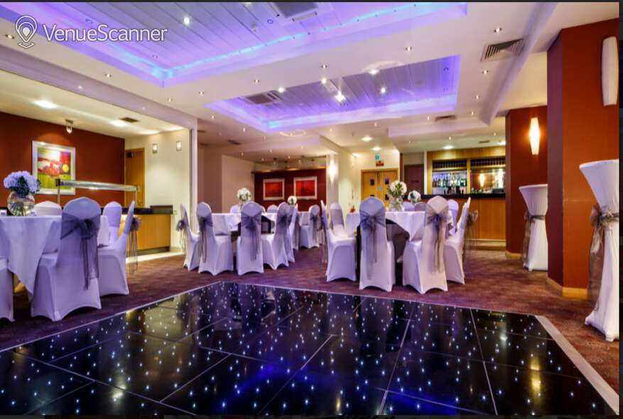 Hire Mercure Glasgow City Hotel Miller Suite