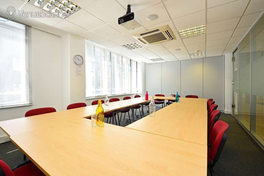 Hire Ispace Barbican Cherry Room 1