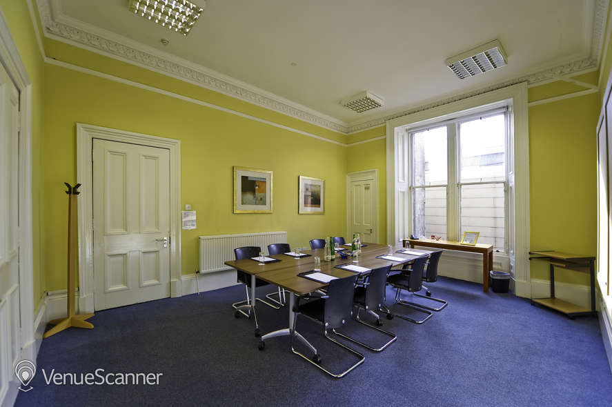 Hire Regus Glasgow Woodside Place Katrine Room
