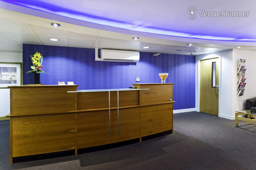 Hire Regus Glasgow West George Street Strathisla 1 & 2 3