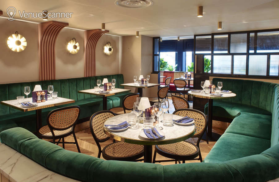 Hire Le Monde Hotel The Mezzanine