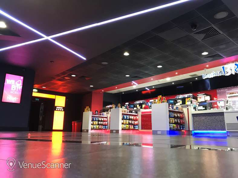 Hire Cineworld Glasgow Renfrew Street Screen 13 - 241 Seats 4
