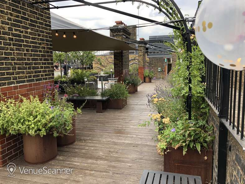 Hire Cathedral View Roof Top Garden 4