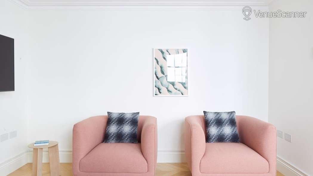 Hire Breather 25 Dover Street, 4th Floor, Room 2 Space 1