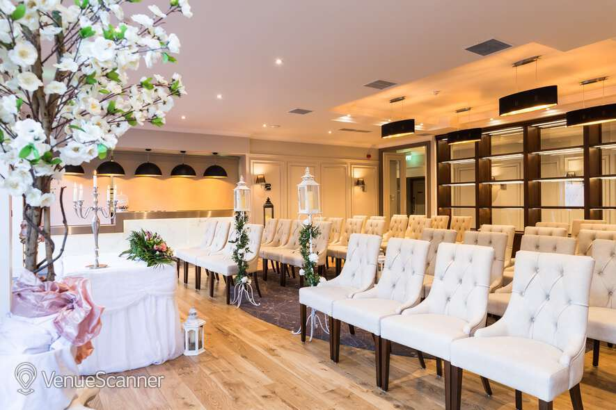 Hire Ivanhoe Hotel And Inn Wedding Exclusive Hire
