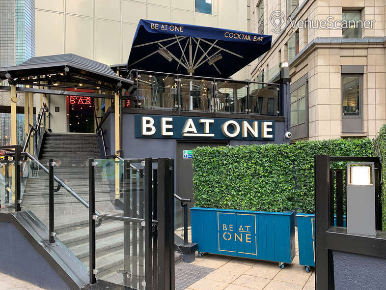 Hire Be At One - Liverpool Street Hideaway 1