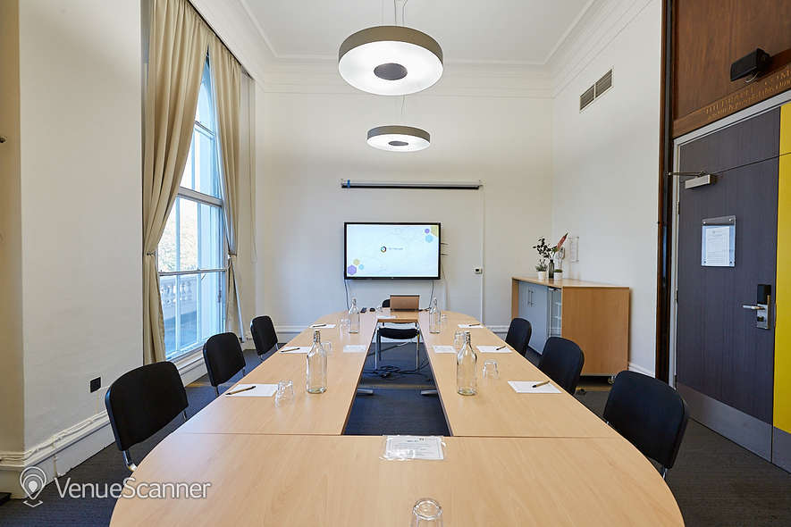 Hire One Park Crescent The Boardroom 1